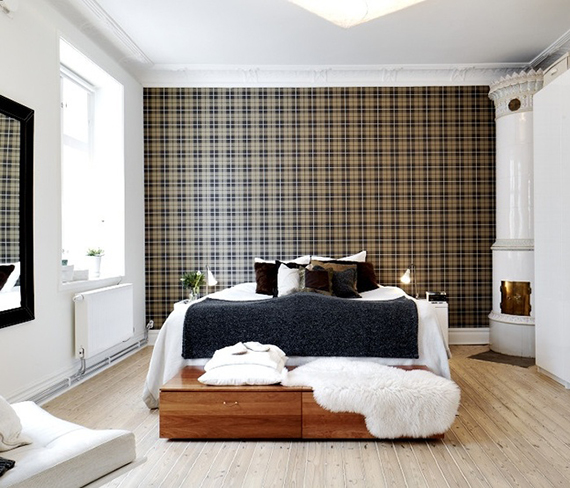 Traditional plaid accent wall with modern interiors | Ty Pennington