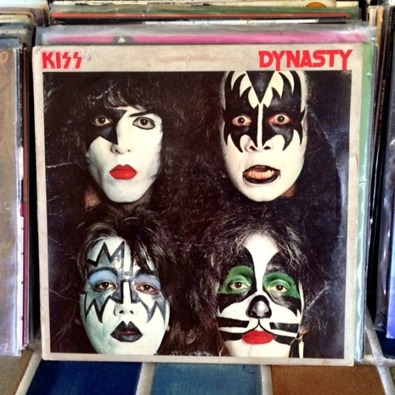 KISS collectors | Spring Cleaning: How To Host a Raffle Party