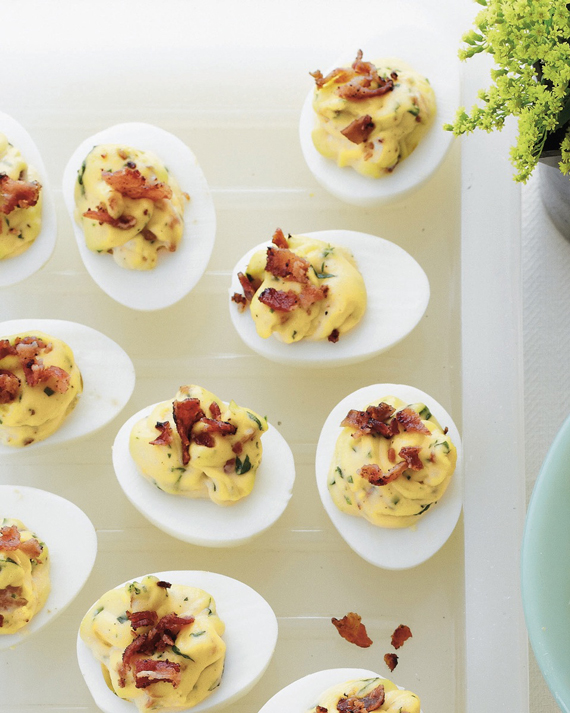 Bacon Deviled Eggs #Recipe from Rebecca Lang