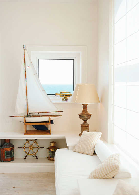 Clean White and Vintage Accents | Last Look: Coastal Interiors