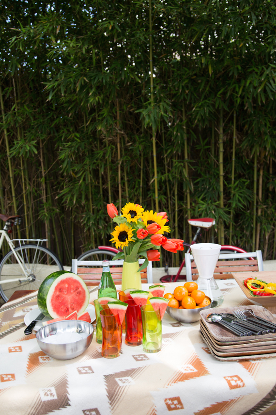 Outdoor Living: Summer Tablescapes by Ty Pennington