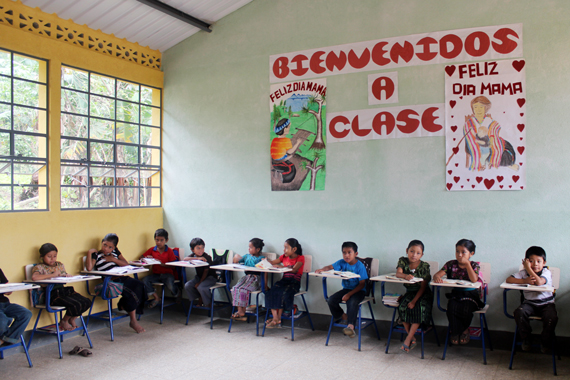 Ty Pennington for Pencils of Promise | Bienvenidos a Clase: La Independencia, Guatemala
