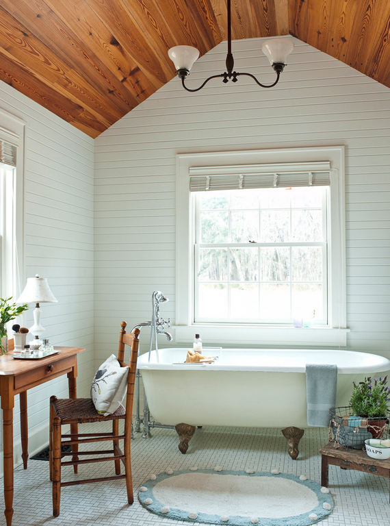 High bathroom ceilings | 5 elements of an inviting bathroom by Ty Pennington
